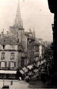 Caen-La rue St Pierre
