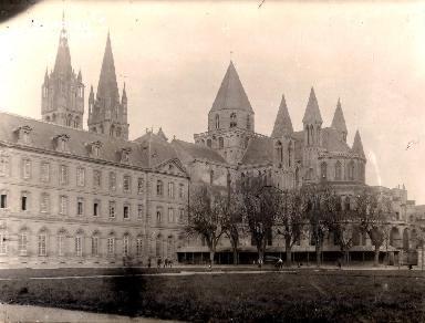 Caen-L'Abbaye aux Hommes extérieur