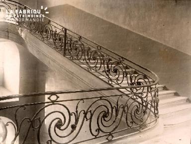 Caen-L'escalier de la Déposant : mairie