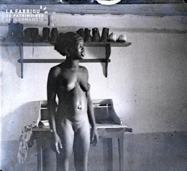 Afrique-Femme nue