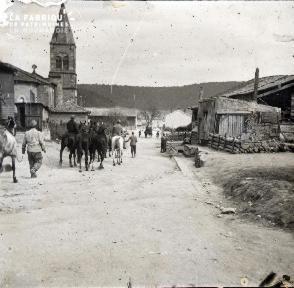 Transfert de chevaux au Neufour (Meuse-Argonne) - 1916