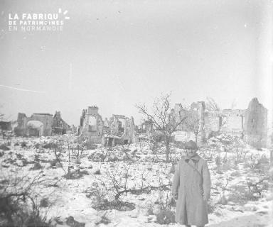 Une vue de Berry-au-Bac en arrivant près de l'église Février 1917