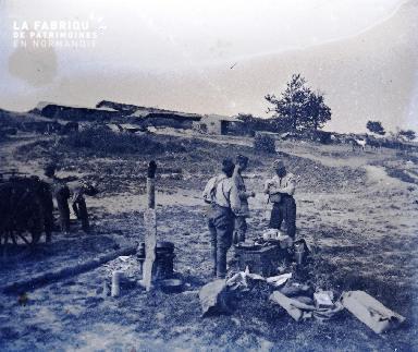 Fortin-Militaires au repos 1917
