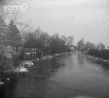 Foutavert-Une vue de l'Aisne en aval de (manque d'informations complémentaires). Février1917