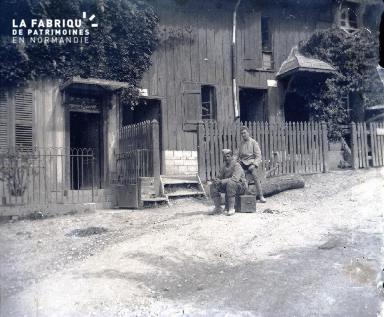 Neufour - Rue de l'Entrée de l'Ancien-Bureau du Génie-Août 1916