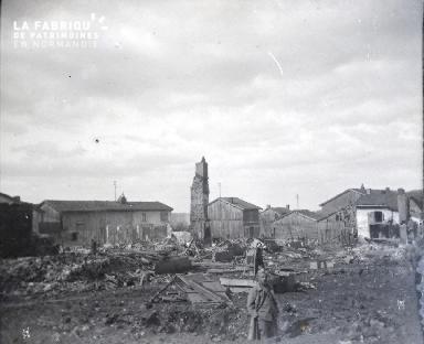 Un coin des Islettes après le bombardement du 4 Mars - 5 Mars