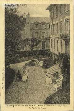 Cl 06 069 Caen-clinique Saint Martin-le jardin de façade