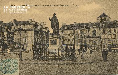 Cl 06 108 Caen-Place St Sauveur-Statue d'Elie de Beaumont