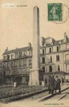 Cl 06 169 Caen- La pyramide