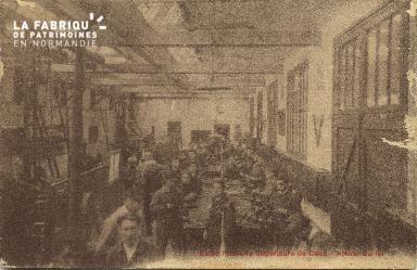 Cl 06 217 Caen-Ecole primaire supérieure de Caen-Atelier du fer