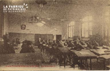 Cl 06 218 Caen-Ecole primaire supérieure de Caen-Salle de dessin