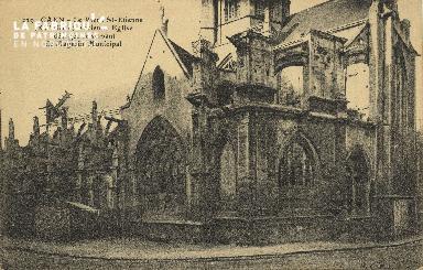 Cl 06 335 Caen-Le vieux St Etienne-Ancienne église désaffectée servant