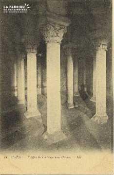 Cl 06 373 Caen-Crypte de l'abbaye aux dames
