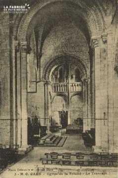 Cl 06 383 Caen-Eglise de la trinité-Le transept