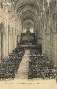Cl 06 387 Caen-Intérieur de l'abbaye aux dames