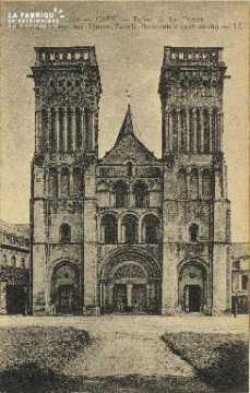 Cl 06 393 Caen-Eglise de la trinité-Ancienne abbaye aux dames-Façade o