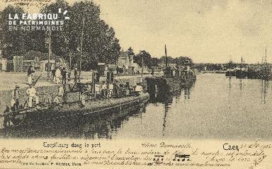 Cl 07 128 Caen - Corpilleurs dans le port