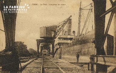 Cl 07 168 Caen - Le port- Les grues en action