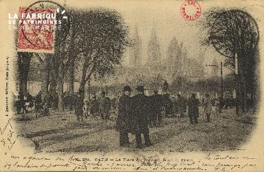 Cl 07 205 Caen - La Place du Parc un jour de Foire