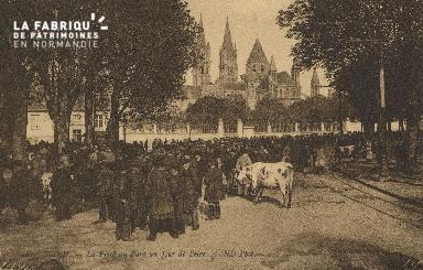 Cl 07 207 Caen - La place du Parc un jour de Foire