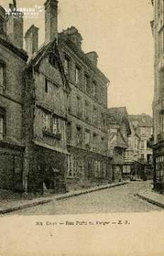 Cl 08 016 Caen rue Porte-au-Berger