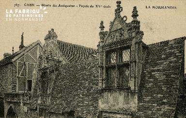 Cl 08 054 Caen Musée des Antiquaires Façade du XVè s.