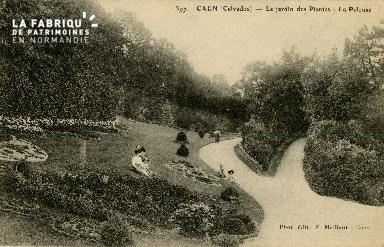 Cl 08 087 Caen le Jardin des Plantes la Pelouse