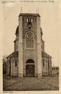 Cl 08 202 Caen Eglise St Jean Eudes en construction Façade