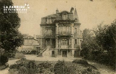 Cl 08 208 Caen Rue Basse