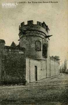 Cl 08 227 Caen la Tour des Gens d'Armes