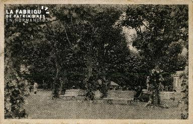 Cl 08 319 Caen les Jardins de l'Hippodrome