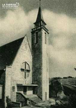 Cl 08 361 Caen Déposant : Déposant : institution St Pierre Façade de la Chapelle et Campanil