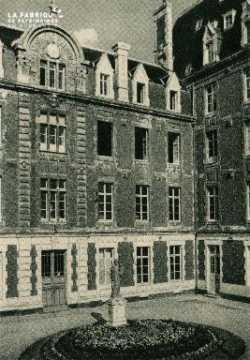 Cl 08 369 Caen Déposant : Déposant : institution St Joseph Cour d'Honneur