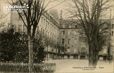 Cl 08 376 Caen Pensionnat St Joseph vue des Cours