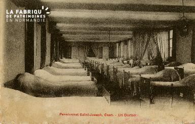 Cl 08 405 Caen Pensionnat St Joseph un Dortoir