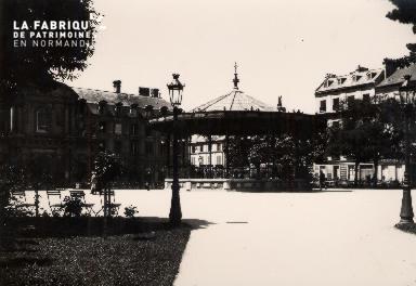 Square- Actuelle place de la République.