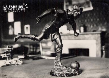 Statuette de footballeur