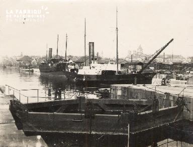 Port de Caen 6- Bateaux à quai-