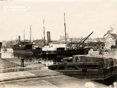 Port de Caen 7- Bateaux à quai