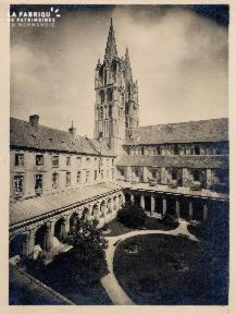 Cour Abbaye aux Dames - 3A