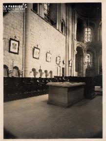 Intérieur Eglise (non identifié) - 17A