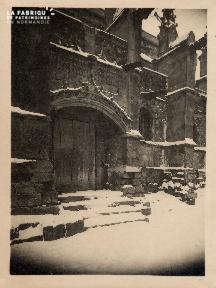 Porte avec Gargouilles sous la neige (non identifié) - 15A