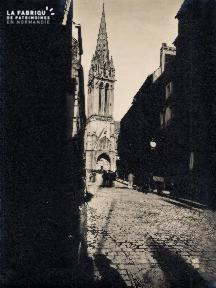 Vue sur Eglise St Pierre - 25A