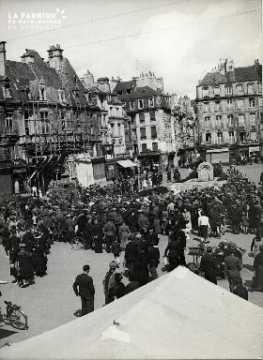 14 juillet 1940 concert musique militaire allemande place St Pierre 00