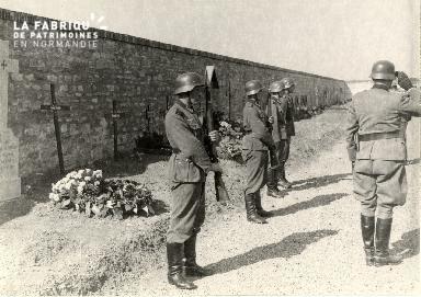 troupe d'occupation au cimetière 002