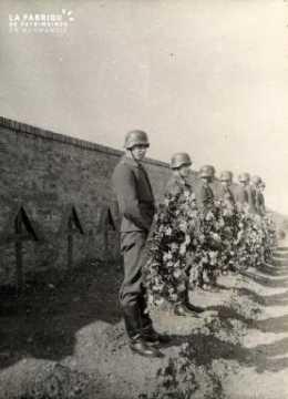 troupe d'occupation au cimetière 007