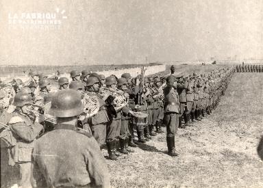 troupe d'occupation au cimetière 018