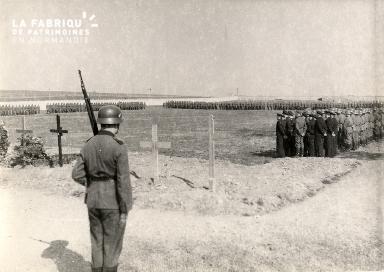troupe d'occupation au cimetière 023