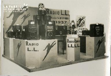stand radio LL