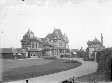 Hermanville-sur-mer : villa et jardin